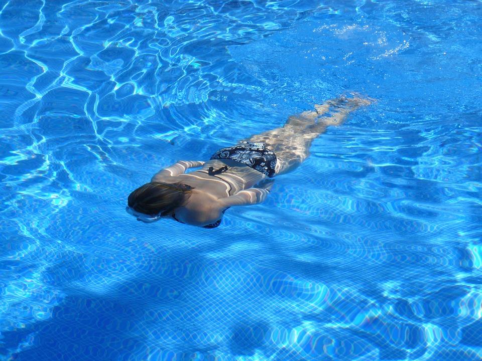 Uhren zum Schwimmen: Worauf gilt es zu achten?