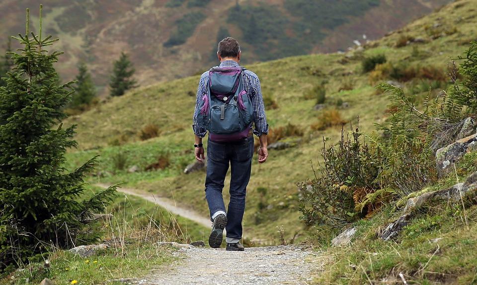 Uhren zum Wandern: Worauf gilt es zu achten?
