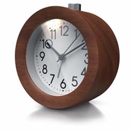 CSL - Wecker analog ohne Ticken – rund - Holz dunkel Nussbaum – Retro Design – beleuchtetes Ziffernblatt mit Licht – lautlos - Reisewecker - Weckton - Snoozetaste Schlummerfunktion – batteriebtrieben - 1
